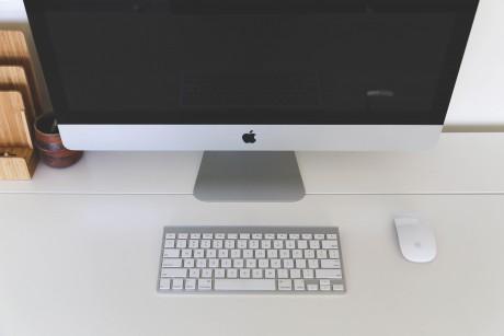 Foto iMac im Büro